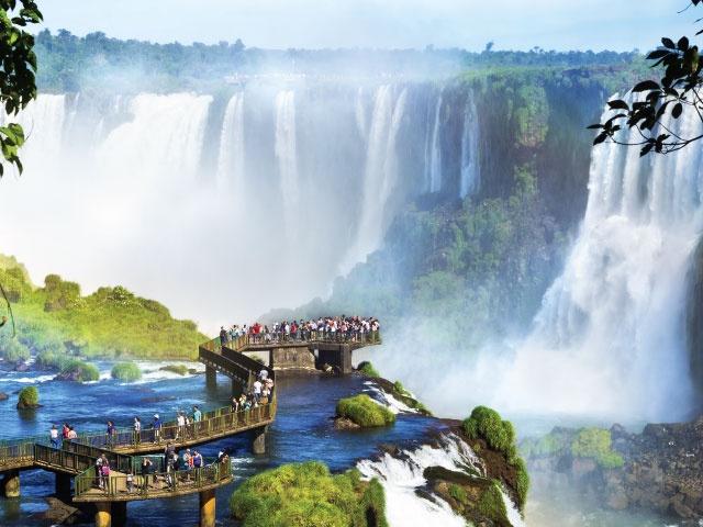 イグアスの滝、アルゼンチン/ブラジル